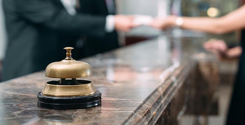 Social Media for Hotels – 6 Best Platforms (Tips for Each)