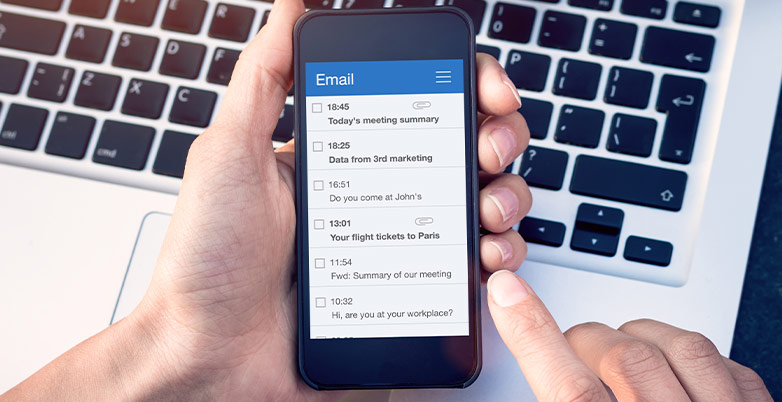 financial advisor email marketing